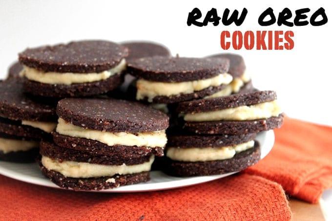 Raw Oreo Cookies // thehealthymaven.com
