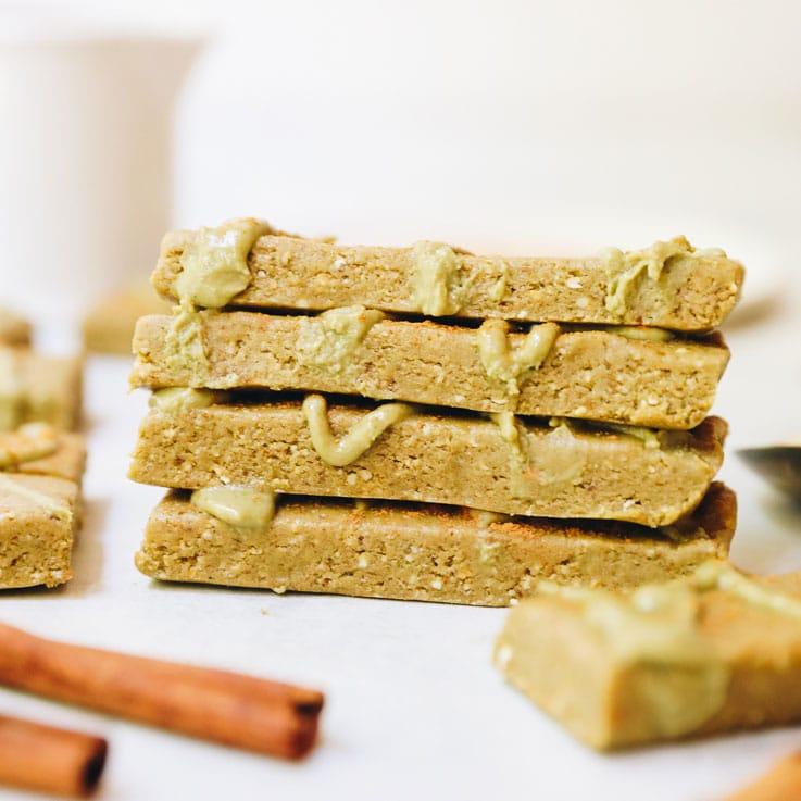 No Bake Cinnamon Roll Protein Bars The Healthy Maven