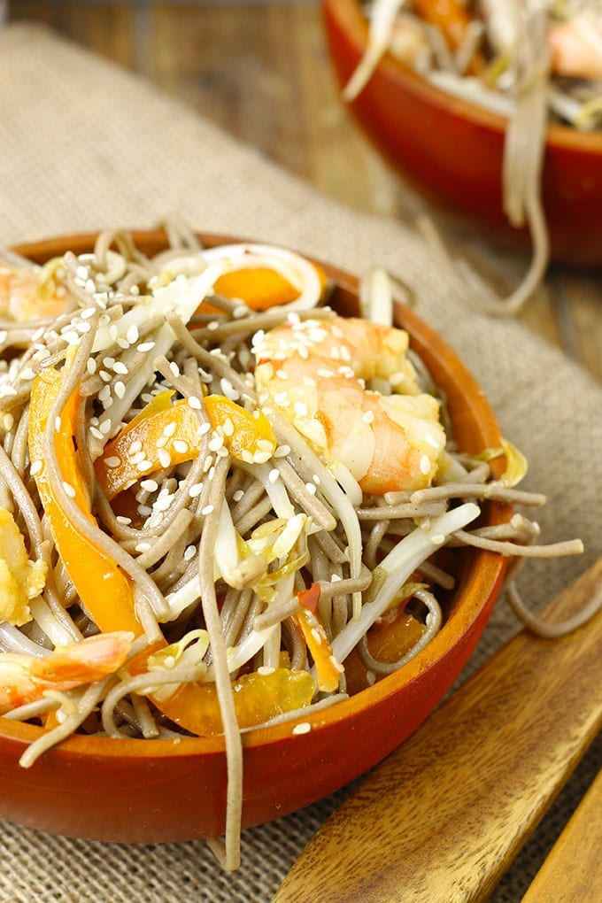 Cold Sesame Ginger Soba Noodle Salad with Shrimp // thehealthymaven.com