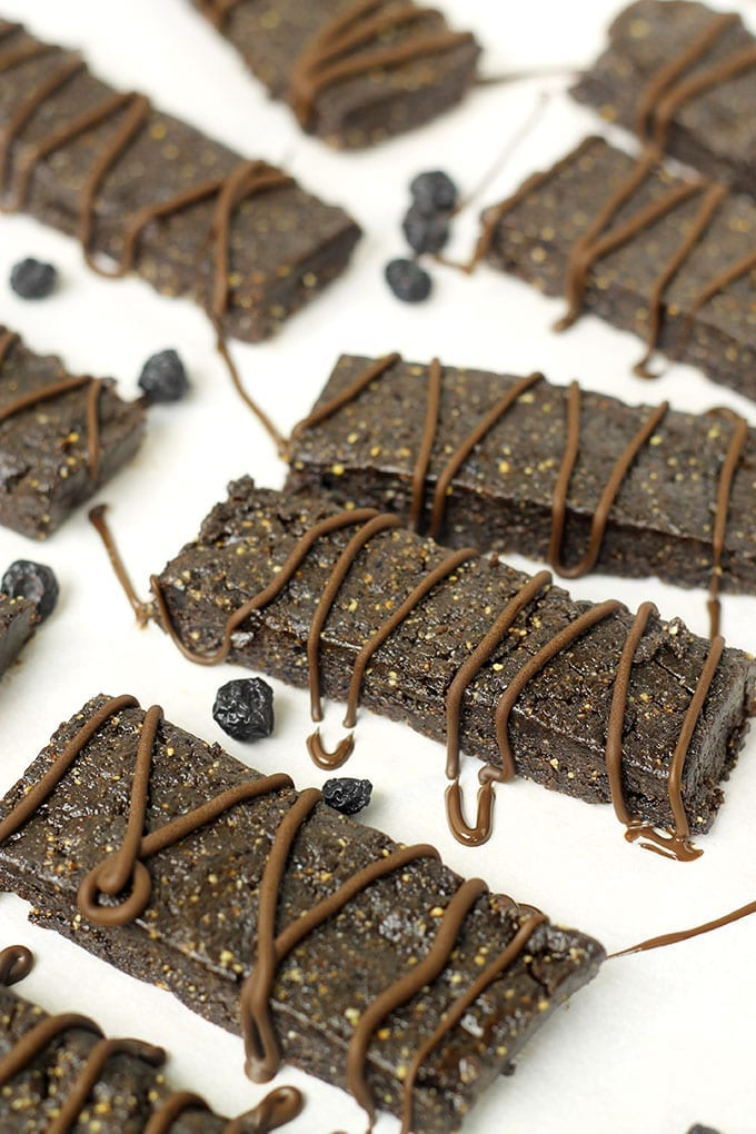 No-Bake Chocolate Blueberry Bars - The Healthy Maven