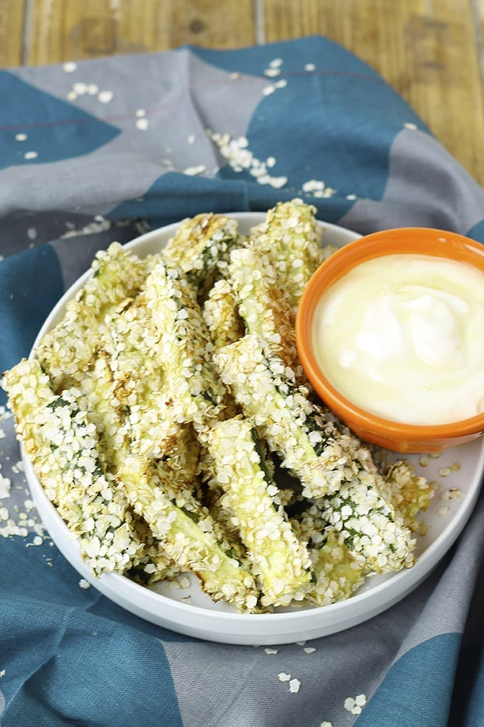 Quinoa Encrusted Zucchini Sticks w/ Honey Mustard Dipping Sauce // thehealthymaven.com