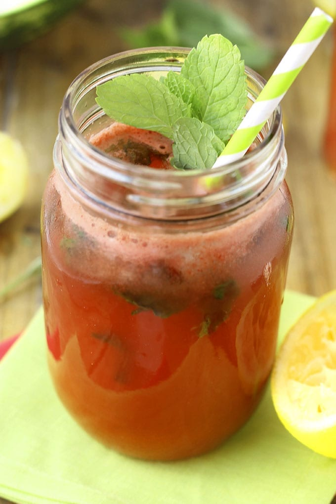Refreshing Mint Watermelonade // watermelon meets lemonade in this refreshing summer drink, sweetened with honey! thehealthymaven.com