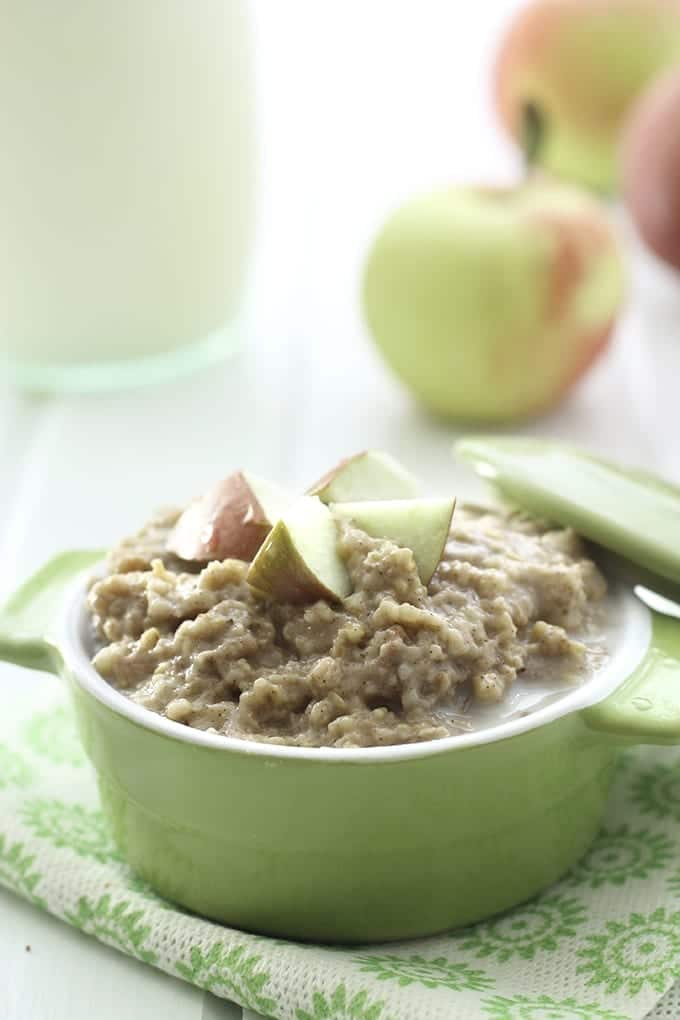 Slow Cooker Apple Pie Steel-Cut Oatmeal - The Healthy Maven