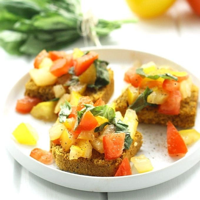 Cornbread Bruschetta | Healthy Appetizer Ideas For Thanksgiving | Thanksgiving Celebration Tradition Family Dinner Concept