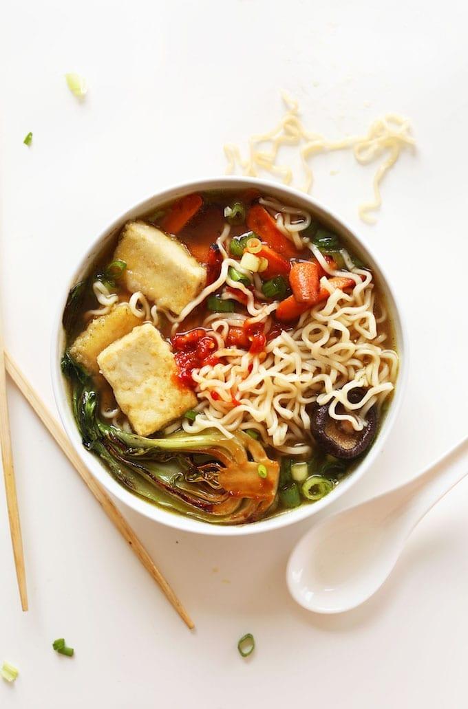 AMAZING-Vegan-Ramen-with-just-10-ingredients-Simple-methods-plant-based-SO-delicious-vegan-recipe-ramen-soup-healthy-dinner