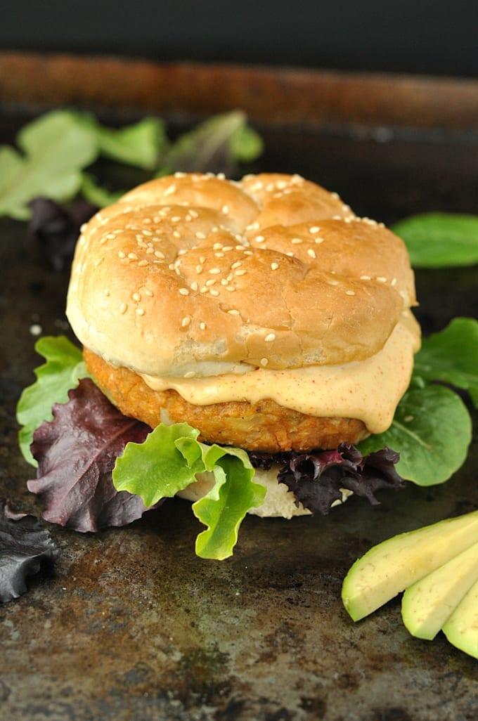 DSC_1117-cajun-chickpea-sweet-potato-veggie-burgers-600x1