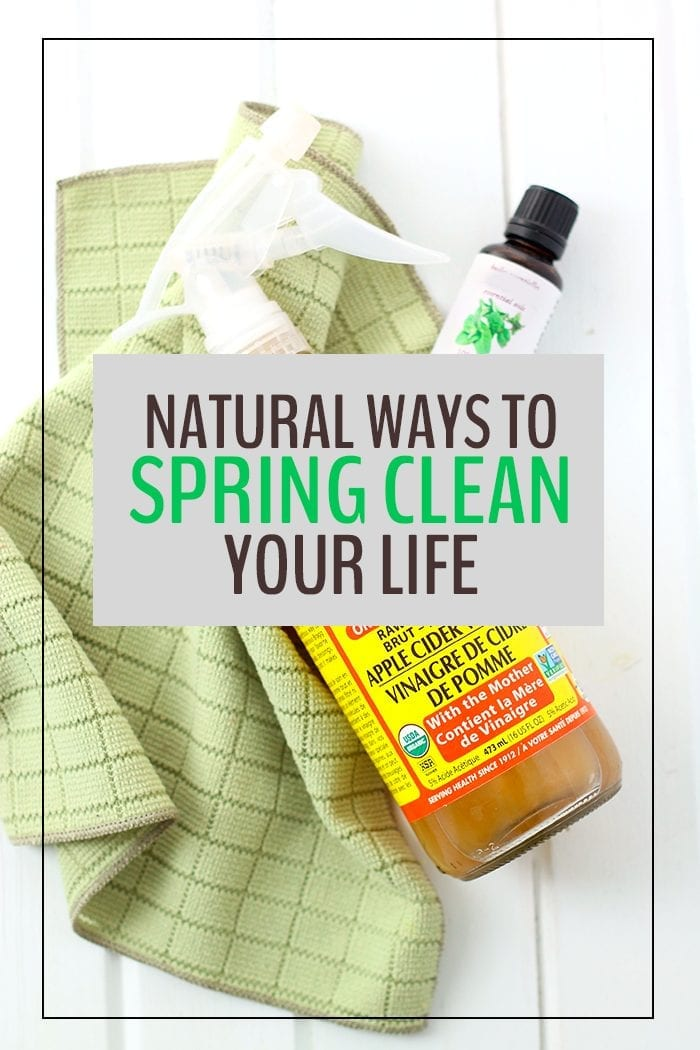 Be ready for Spring with these 24 Natural Ways To Spring Clean Your Life. From your closet, to your kitchen, to your mind, you'll be ready for that sunshine!