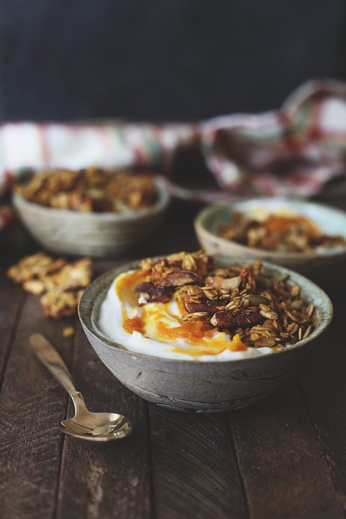 There are plenty of pumpkin spice recipes out there, but none as good as the ultimate pumpkin spice granola. The perfect breakfast recipe for your yogurt, smoothie or simply on its own. Good luck not eating this by the handful!