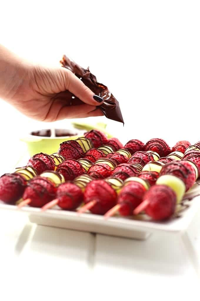 Chocolate-Drizzled-Christmas-Fruit-3