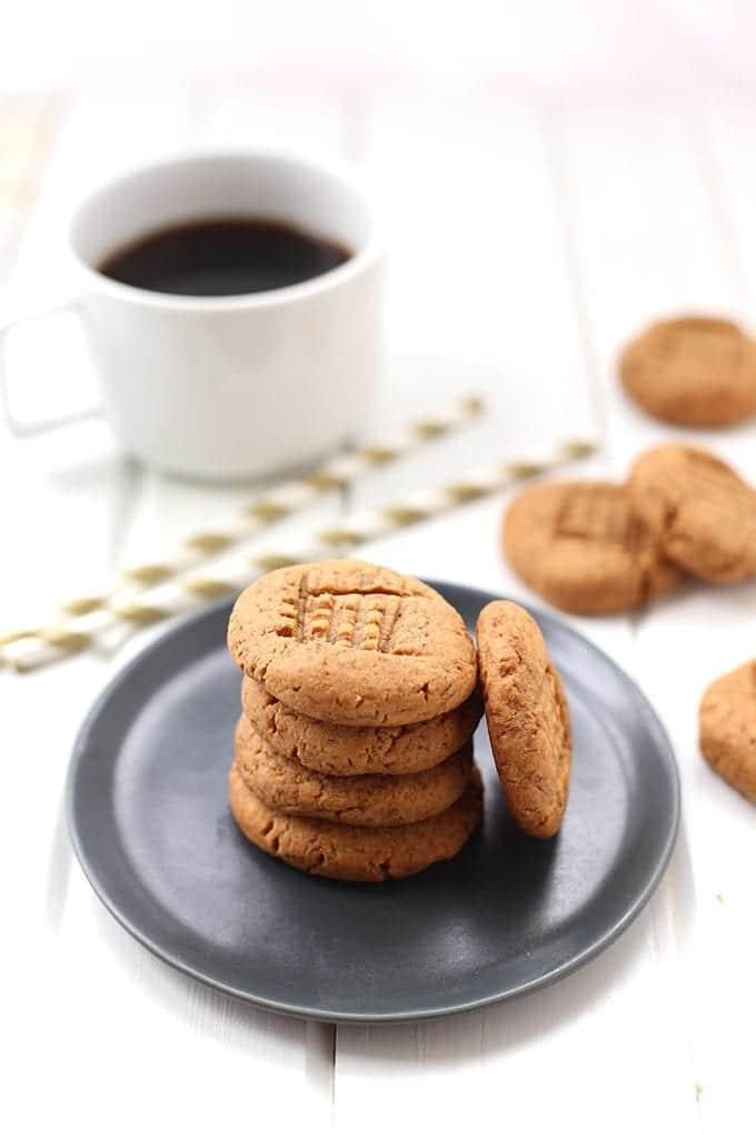 Healthy-Peanut-Butter-Cookies-4