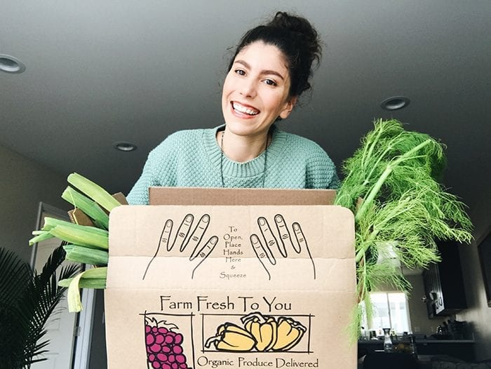 Today on THM we're answering the question, what is a CSA and giving 5 reasons why you might consider getting one. Beyond saving you money, CSA's are one of the best ways to help you support local agricultural produces and eat your fruits and veggies!