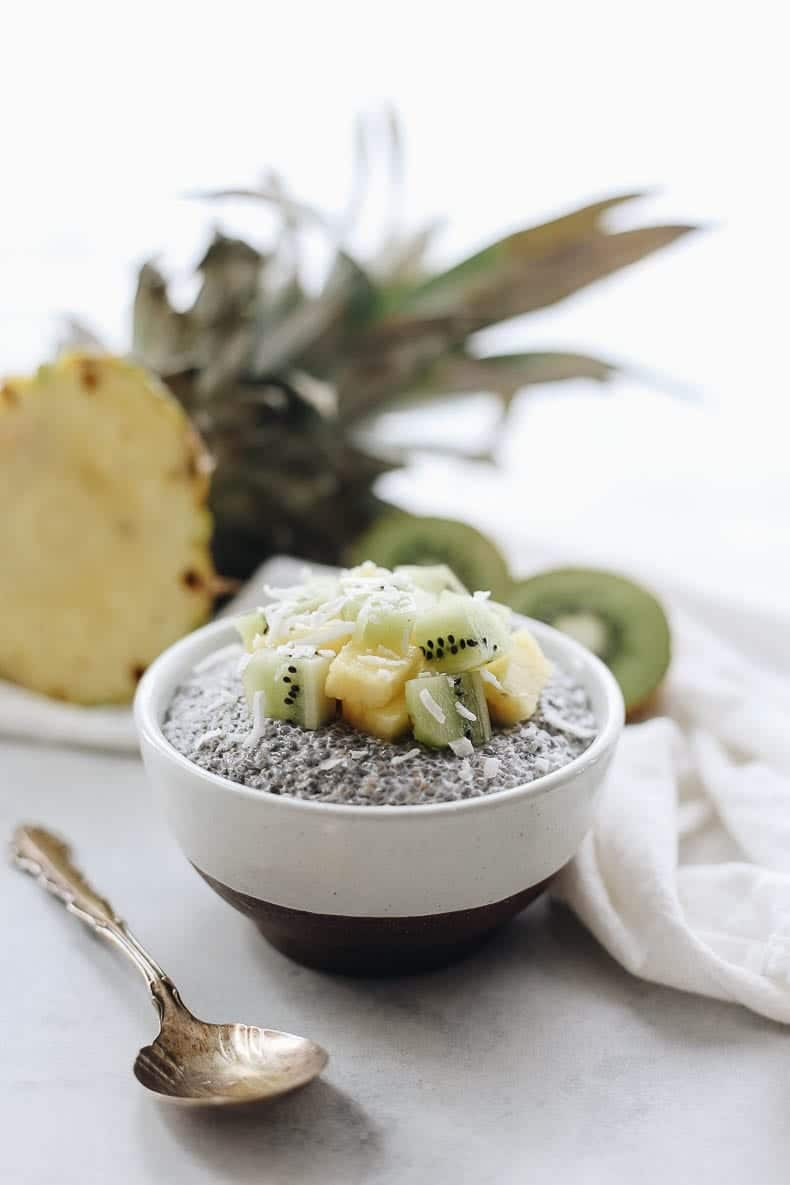Have you ever tried making chia pudding? This post is teaching you my basic healthy chia pudding recipe and how to customize it 5 ways so you never get tired of this healthy breakfast or dessert recipe!