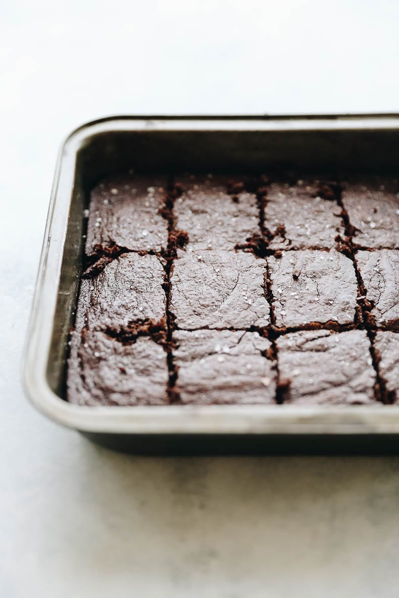 A healthy recipe for fudgy grain-free brownies made with almond flour and other nutritious ingredients.