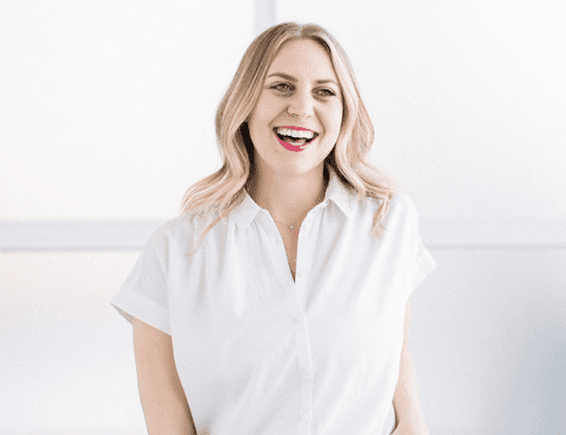 On Episode #69 of That's So Maven Podcast, we're chatting with a return visitor, Lee Hersh from Fit Foodie Finds! As one of Davida's closest friends, this episode is a more personal discussion on life, business and how to remain body positive in the pressures of the wellness space.
