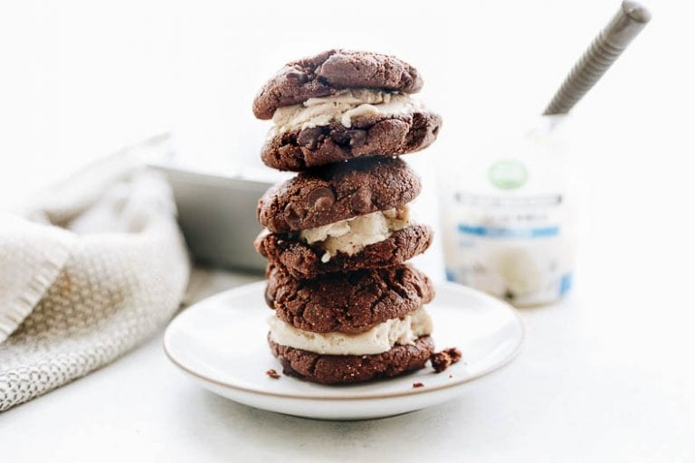 Homemade Vegan Vanilla Bean Double Chocolate Ice Cream cookies #vegan #cookies #icecream