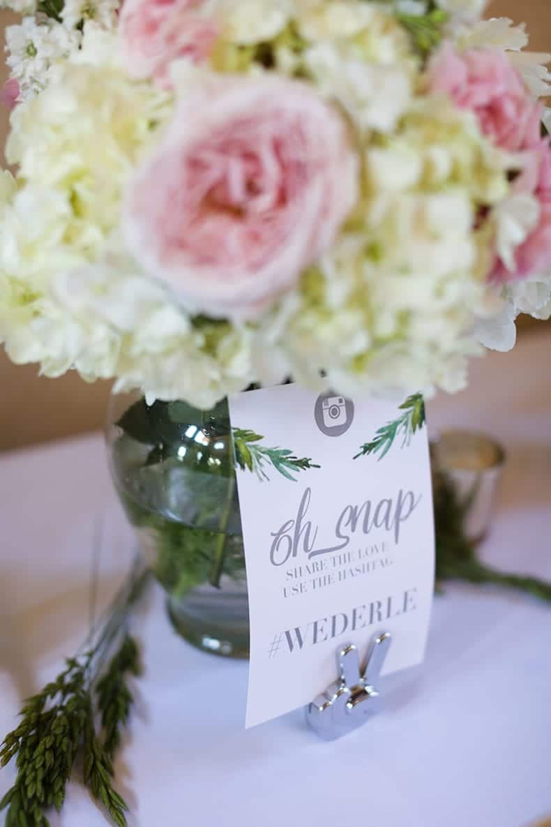 DIY Wedding Hashtag Sign // #wedding #weddinginspo