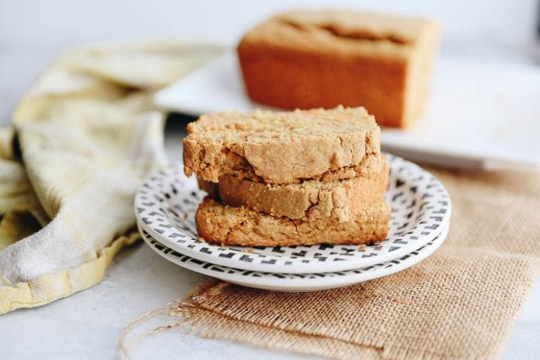 A sweet and savory snack or side, this Sweet Potato Cornbread will easily become a staple this holiday season. This fall dish has the earthiness of cornmeal mixed with the sweetness of sweet potato for a moist and delicious loaf.#sweetpotato #cornbread #healthy
