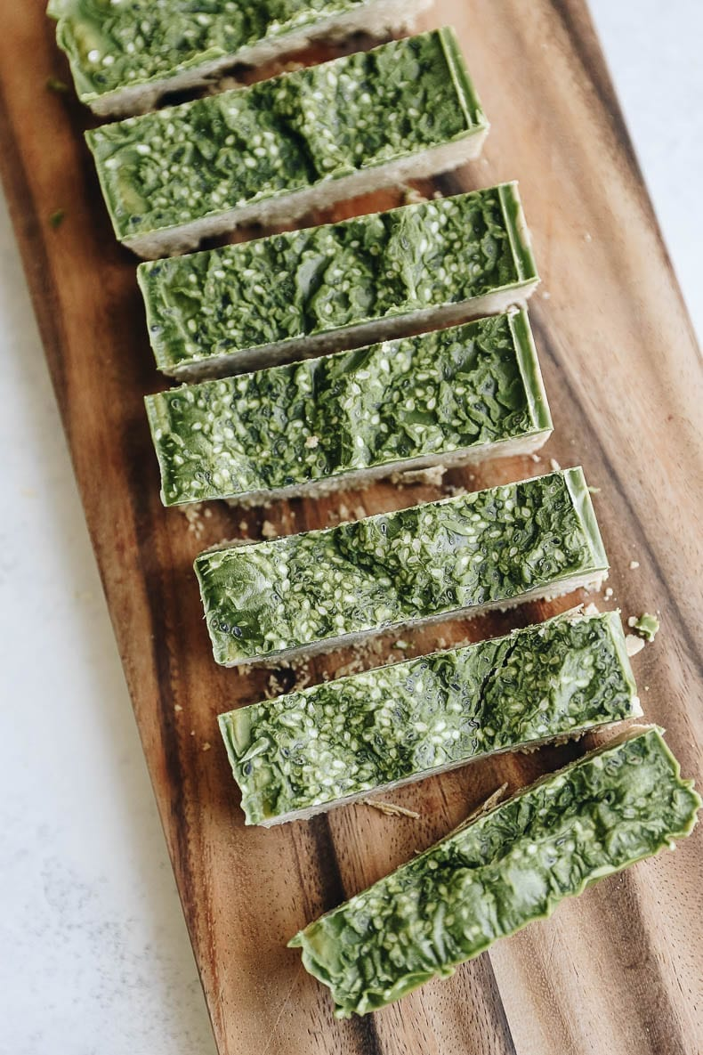 These Matcha Protein Bars are a healthy recipe made with a vegan cashew crust and energizing matcha frosting for a delicious snack on the run #matcha #proteinbars