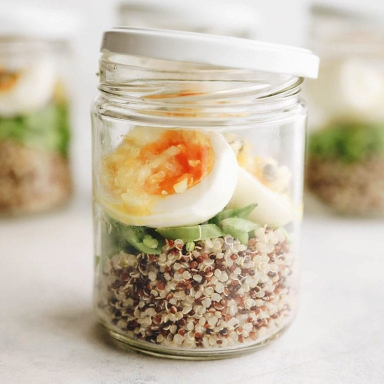 Easy and healthy portable breakfast egg cups - perfect for meal prep and an easy breakfast on the run