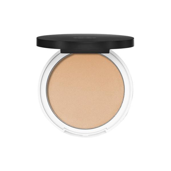 A beautiful clean beauty highlighter made from non-toxic ingredients from Lily Lolo